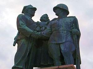 pomnik przyjaźni polsko-radzieckiej