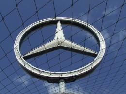 car-industry-558355_640