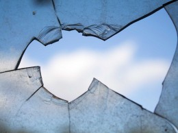 broken-window-960188_960_720