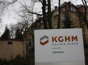 kghm-043-300x2241