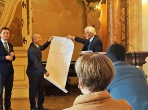 Pablo Domeyko przekazuje mapę z odkryciami Ignacego Domeyki